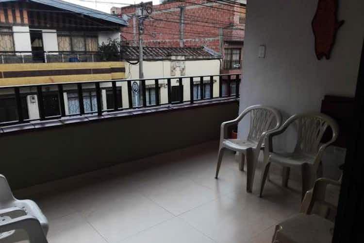 Portada Casa en Asturias-Itagüí, con 4 Habitaciones - 134 mt2.