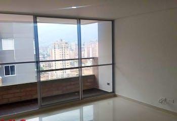 Apartamento en Calle Larga, Sabaneta - 77mt, tres alcobas, balcón
