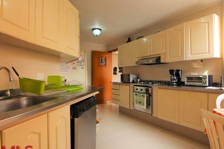 No se ha identificado el tipo de imágen para apartamento en provenza el poblado, jardines de catay, 4 habitaciones- 217,39m2.