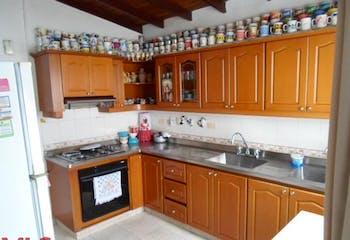 Casa en venta en Calasanz de 4 alcobas