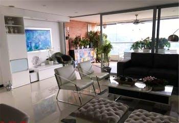 Apartamento en venta en Loma de las Brujas, 160mt con balcon.