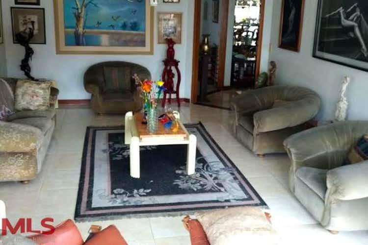 Portada Apartamento en Patio Bonito-El Poblado, con 3 Habitaciones - 216 mt2.