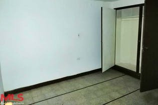 Casa en venta en Barrio Laureles de 12 habitaciones