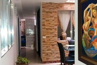 Casa en Villa Hermosa, Medellín - con cinco habitaciones