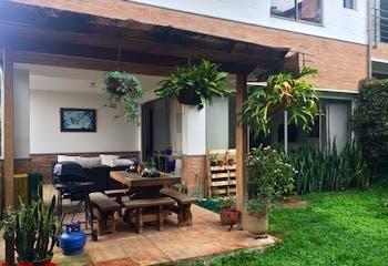 Gran Colina, Casa en venta en Loma Del Atravezado con Zonas húmedas...