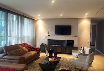 Apartamento en El Poblado-El Tesoro, con 3 Alcobas - 275 mt2.