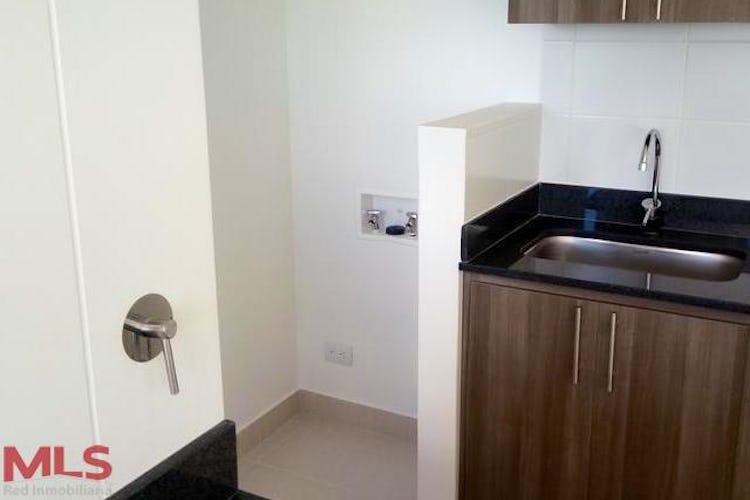 Portada Apartamentoen Sector Los Colegios, Rionegro - 78m², tres alcobas, balcon