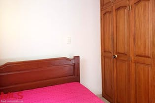 Casa en Cristo Rey, Guayabal, 4 habitaciones- 130m2.