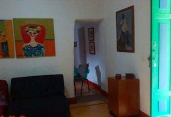 Casa en venta en San pedro de cinco habitaciones.