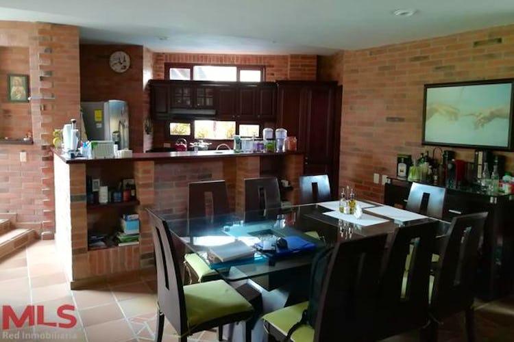 Foto 6 de Casa en El Retiro, Retiro Campestre - 300mt, tres alcobas, terraza