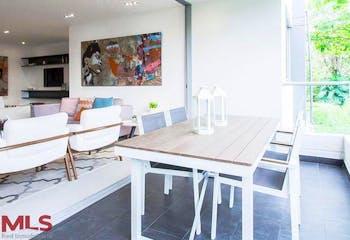 Apartamento en Loma de Benedictinos, Envigado, 3 Habitaciones- 180,35m2.