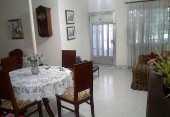 Casa en Simón Bolivar, La America, 3 habitaciones- 114m2