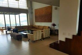 Finca en La Veta-Copacabana, con 5 Habitaciones y Piscina - 475 mt2.