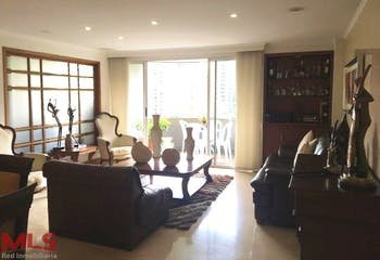 Apartamento en La Tomatera, Poblado, 3 Habitaciones- 153m2.