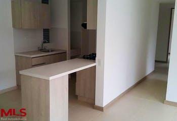 Apartamento en Yarumito, Itagui - 81mt, tres alcobas, dos balcon