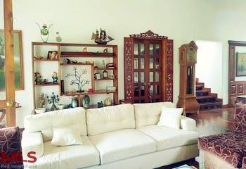 Parcelación Aguas Claras, Casa en venta en Loma Del Atravezado de 3 habitaciones