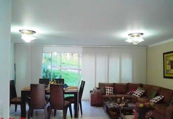Vientos De La Colina, Casa en venta en Loma Del Escobero de 3 habitaciones