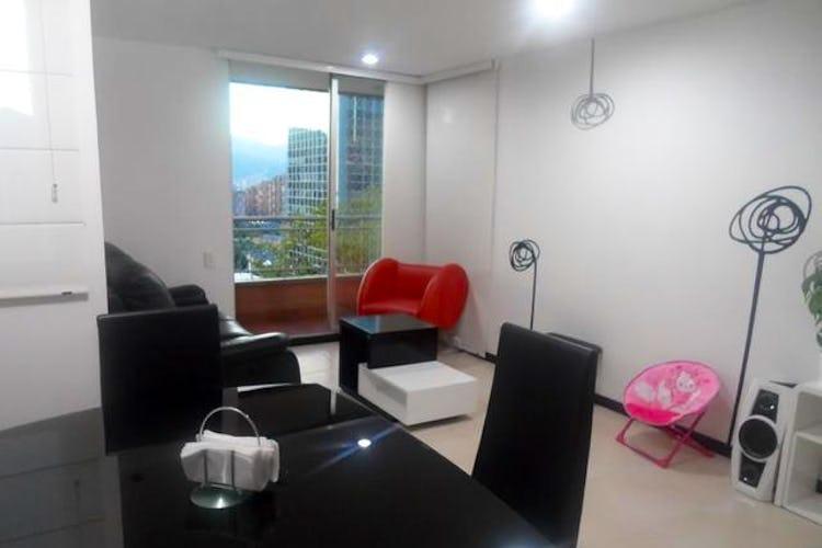 Portada Apartamento en venta en Castropol, 97mt con balcon