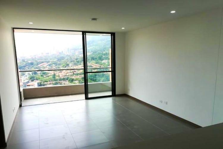 Portada Apartamento en venta en Loma del Escobero de 61m2.