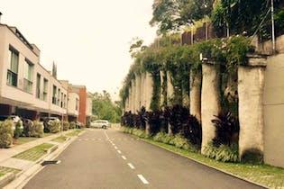 Be House, Casa en venta en Loma Del Atravezado 215m² con Zonas húmedas...