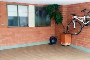 Casa en venta en Loma Del Atravezado con Piscina...