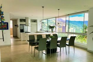 Casa en San Lucas, Poblado - 950mt, tres alcobas, tres niveles