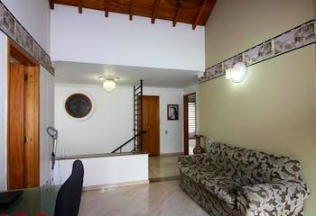 Plaza San Marcos, Casa en venta en Palmas de 4 alcobas