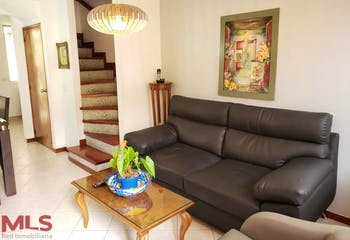 Casa en la Loma del Indio, Poblado, Baluarte De San Diego, 4 habitaciones-80m2.