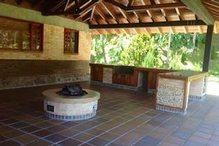 Villa Serena, Casa en venta en Loma Del Chocho con Gimnasio...