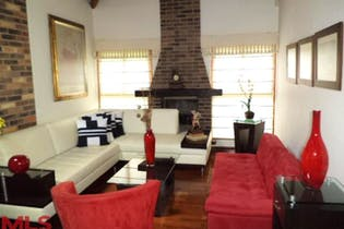 Casa en venta en Loma De Cumbres con Bbq...