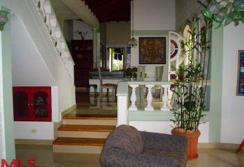 Guadalquivir, Casa en venta en Loma Del Escobero con acceso a Jardín