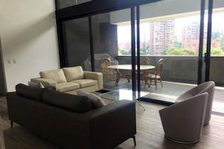 Apartamento en La Loma de Los Benedictino, Envigado - Cuatro alcobas