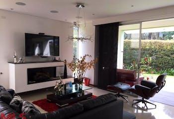 Hausen, Casa en venta en San Lucas de 447m² con Piscina...