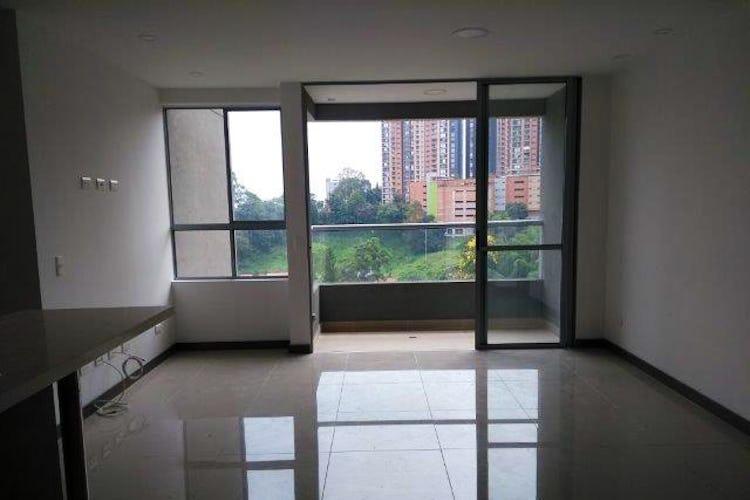 Portada Apartamento en Loma del Escobero, Envigado, tres alcobas, - 80m2