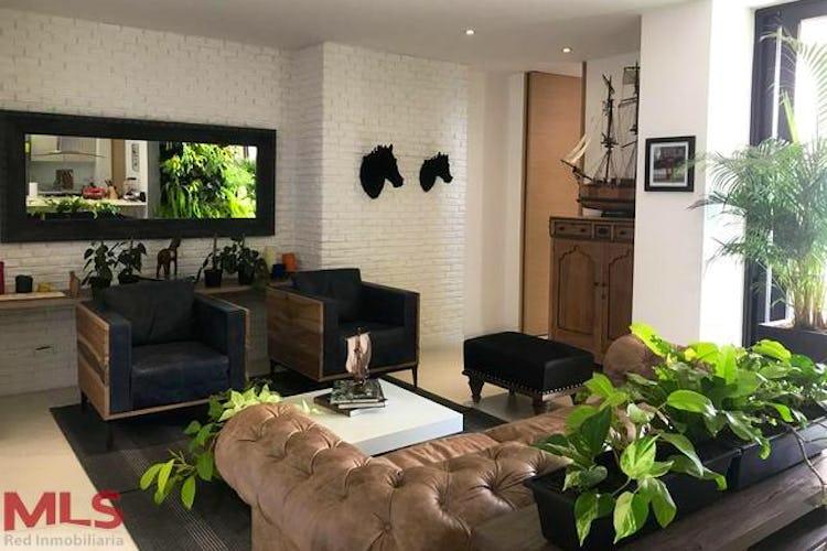 Portada Apartamento en El Poblado-San Lucas, con Balcón - 87.4 mt2.