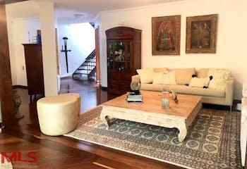 Casa en venta en El Tesoro con acceso a Jardín