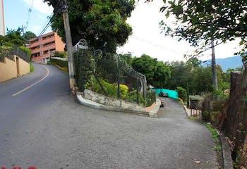 Casa en Envigado-La Cuenca, con 4 Habitaciones - 216.46 mt2.