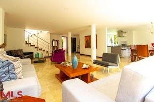 Casa en El Campestre-El Poblado, con 3 Habitaciones - 405 mt2.