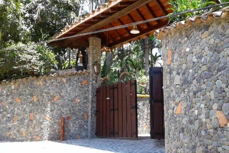 Portada Finca en Venta en Casco Urbano San Jerónimo cuenta con 320mt