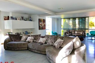 Casa en Rionegro-Llanogrande, con 5 Habitaciones - 500 mt2.