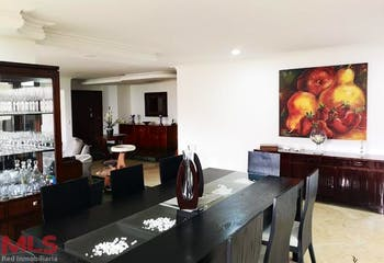 Versalles, Apartamento en venta en Alejandría de 3 alcobas