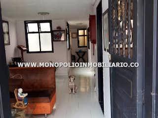 Un collage de fotos de una casa en CASAS BIFAMILIARES EN VENTA - CASTILLA COD: 14157