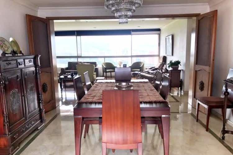 Portada Apartamento en el Poblado-Los Balsos,214,7 mts2, 3 Habitaciones