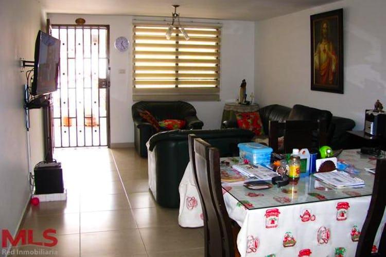 Portada Casa en Cristo Rey, Guayabal, 6 habitaciones- 129,84m2.