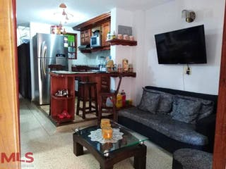 Casa en venta en Cabecera San Antonio de Prado, Medellín