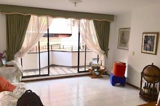 Apartamento en Florida Nueva-Medellín, con 4 Habitaciones -211 mt2.