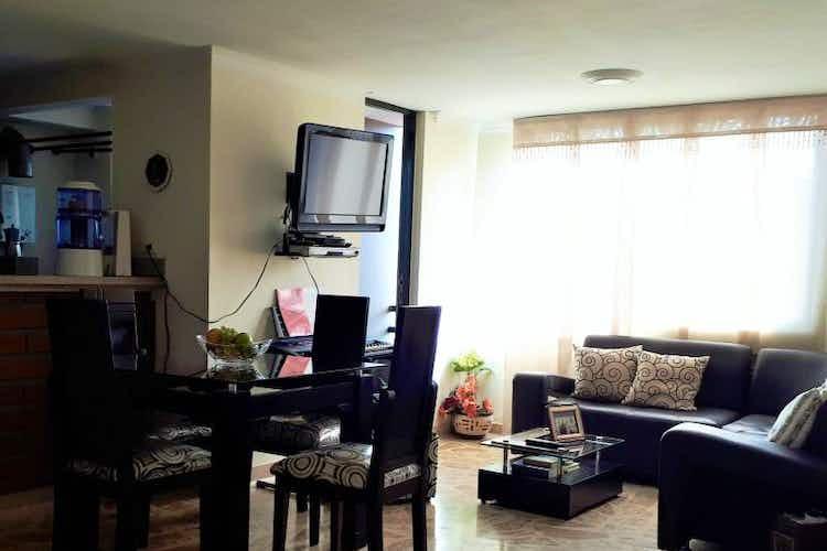 Portada Apartamento en Calasanz, La America - 62mt, dos alcobas, balcón