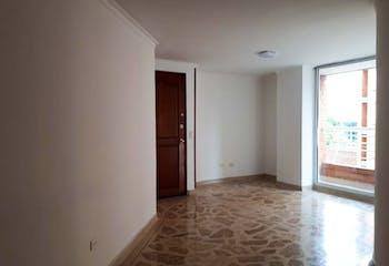 Apartamento en Santa Teresita, Laureles - 86mt, tres alcobas, tres balcones