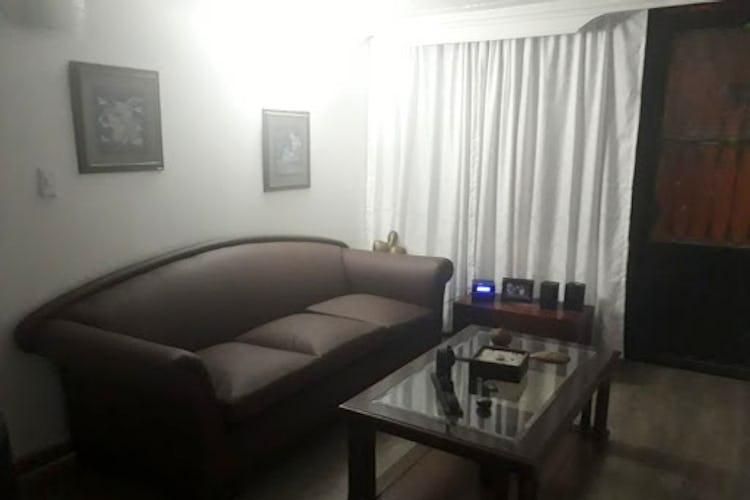 Portada Apartamento en  la gaitana, con 5  habitaciones-144mt2