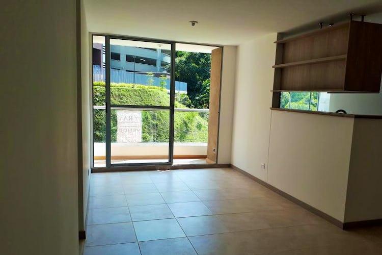Portada Apartamento en La Cuenca, Envigado - 67mt, tres alcobas, balcón